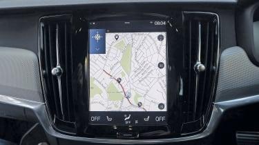 Volvo S90 - infotainment