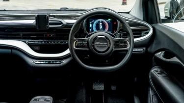 Fiat 500 Action - dash