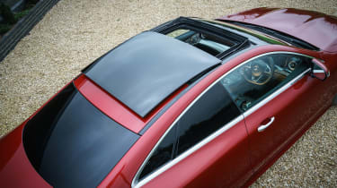 Mercedes E 400 d  Coupe - roof static