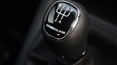 Skoda Yeti Greenline gearstick