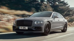 Bentley Flying Spur - front tracking
