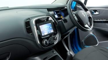 Used Renault Captur - inside