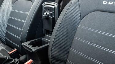 Dacia Duster - seat detail