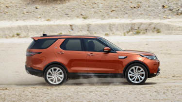 Land Rover Discovery 2017 - official off road 6