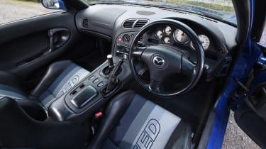 Mazda RX-7 - dash