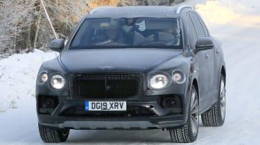 Bentley Bentayga - spies - front tracking