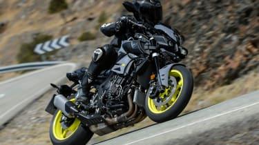 Yamaha MT-10 review - sweeping corner