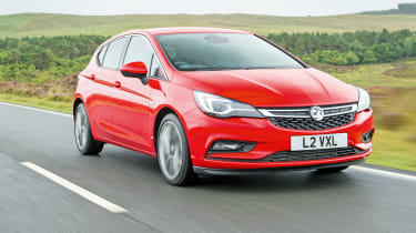 Vauxhall Astra BiTurbo 2016 - front tracking