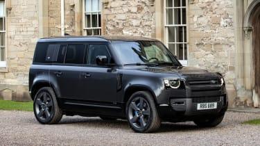 Land Rover Defender 110 V8 - front static