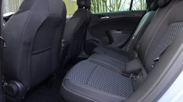 Vauxhall Astra Sports Tourer diesel 2016 - rear seats