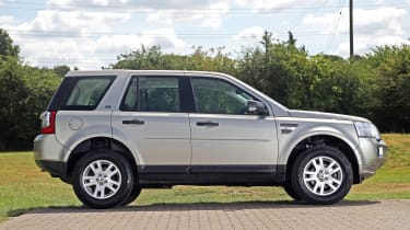 Used Land Rover Freelander 2 - side