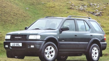 Top 10 worst cars - Vauxhall Frontera front quarter 3