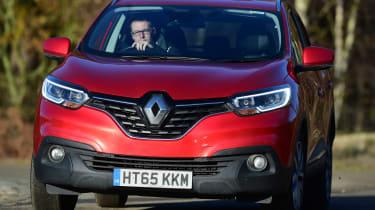 Renault Kadjar - front cornering