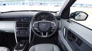Discovery Sport dash