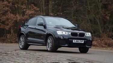 BMW X4 - front cornering