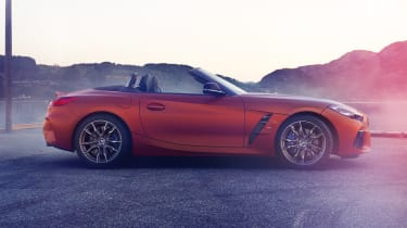BMW Z4 - profile