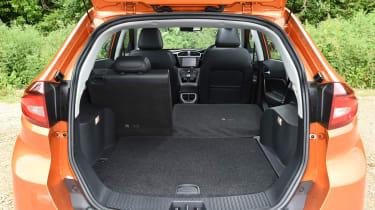 MG GS SUV 2016 - boot