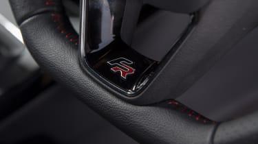 SEAT Arona FR - steering wheel