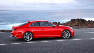 Audi S5 - side