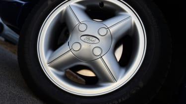 Ford Fiesta Mk4 - wheel