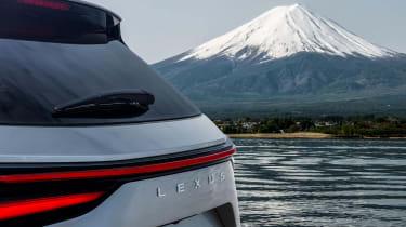 Lexus NX 2021 teaser