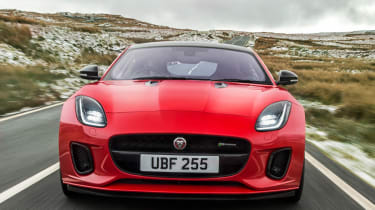 Jaguar F-Type 2.0 T nose