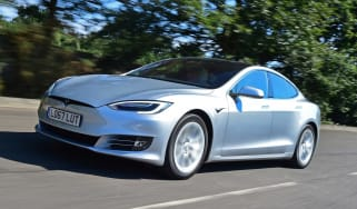 Tesla Model S 75D - front