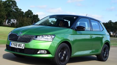 Skoda Fabia - Front Tracking