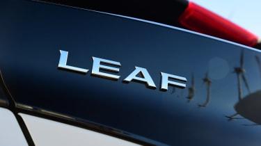 Nissan Leaf - Leaf badge