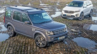 Used Range Rover Discovery 4 vs New Kia Sorento - static