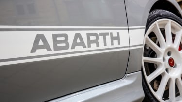 Abarth 595 essessee 70th Edition - stripe