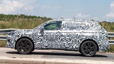 SEAT Tarraco spied - profile
