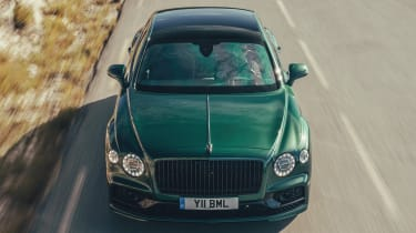Bentley Flying Spur - aerial front tracking