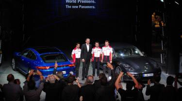 Porsche Panamera - studio overview