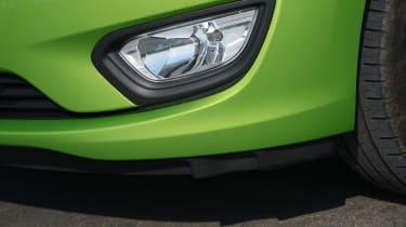 Vauxhall Viva ecoFLEX 2016 - fog light