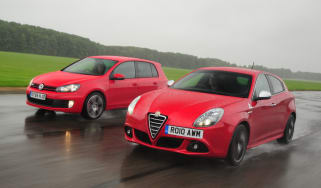 Alfa Giulietta Cloverleaf vs. Golf GTI