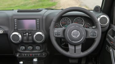Used Jeep Wrangler - dash