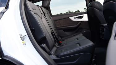 Audi Q7 - rear seats
