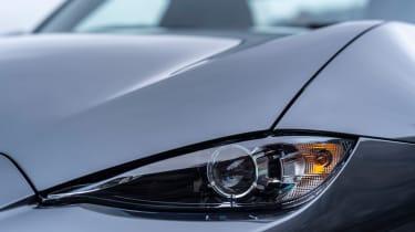 Mazda MX-5 RF - headlight