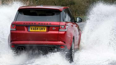 Range Rover Sport SVR - rear splash