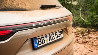 Porsche Cayenne E-Hybrid prototype - tailgate