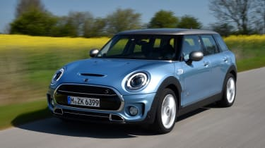 MINI Clubman ALL4 2016 - front tracking 2