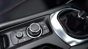 Mazda MX-5 RF - centre console