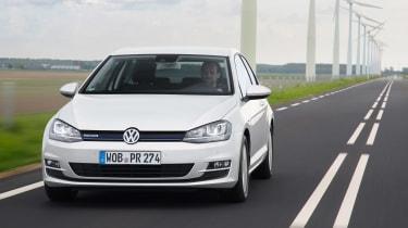 VW Golf BlueMotion 1.0 TSI tracking