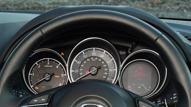 Mazda CX-5 - dials