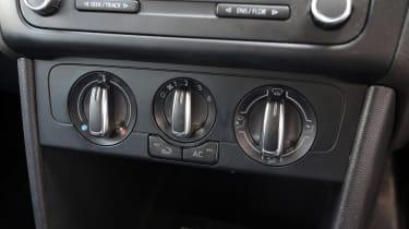 Used Volkswagen Polo - centre console
