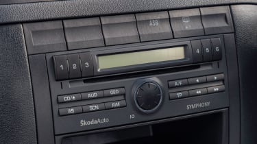 Skoda Fabia vRS Mk1 - centre console