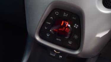Toyota Aygo - Climate Controls