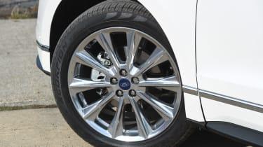Ford Edge Vignale - wheel