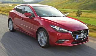 Mazda 3 2016 - front tracking